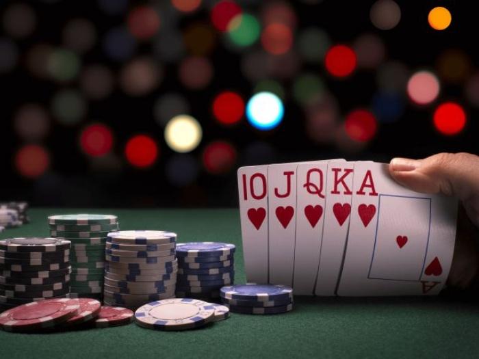 Game bài Poker (Xì tố) - 8 môn đánh bài được yêu thích nhất