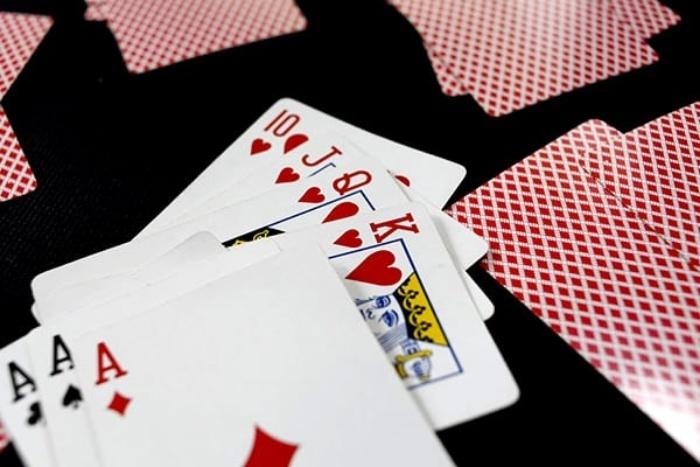 Thứ tự của các lá bài