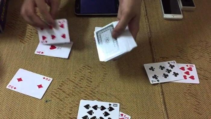 Cách chia bài trong tú lơ khơ (tiến lên miền Bắc)