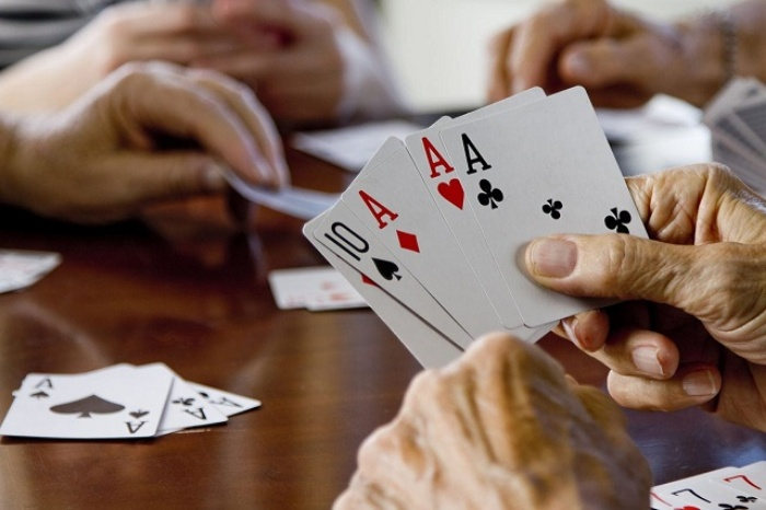 Cách tính điểm sẽ tùy thuộc vào số lượng lá bài còn lại trên tay của những người thua cuộc